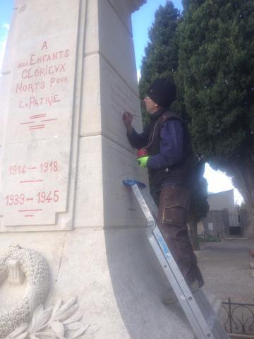 retracage-du-lettrage-monument-aux-morts