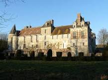 chateau-douilly