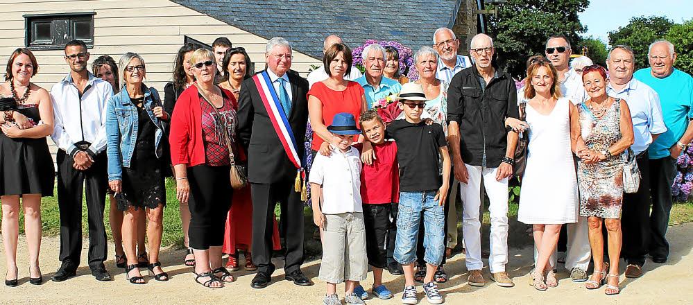 dominique-boitel-maire-aux-cotes-des-epoux-le-goff-sur-la-3028859