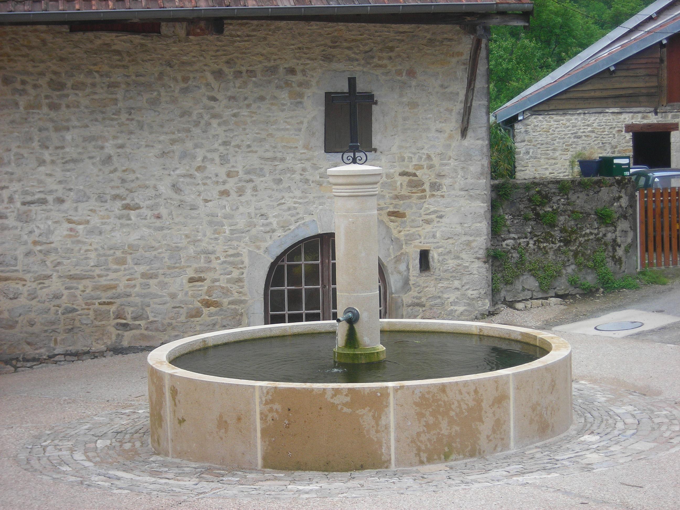 fontaine-en-2006-photo-2