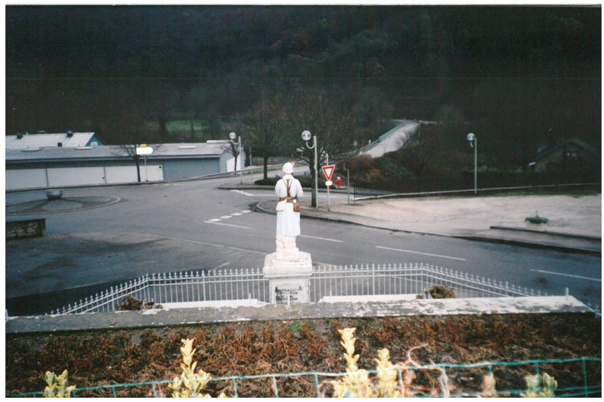 monument-aux-morts-ancien-socle-6