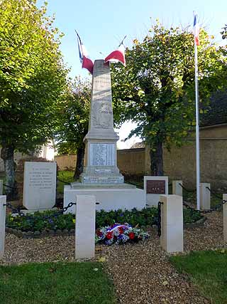 2014_11_11-monuments-aux-morts