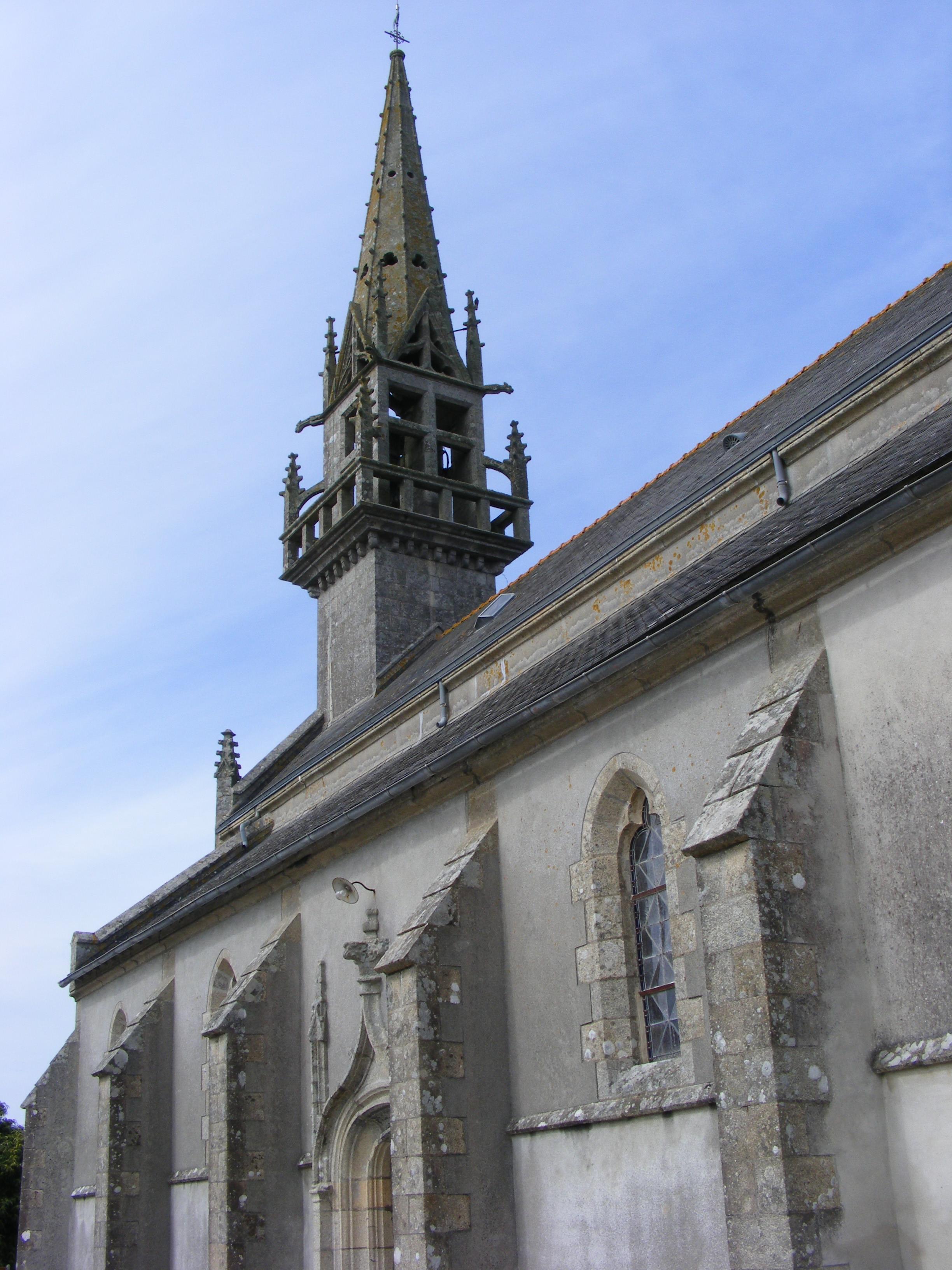 l-eglise-avec-son-clocher