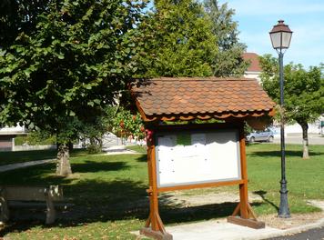 panneau-dinformation-square-de-la-mairie-saint-andre-le-gaz