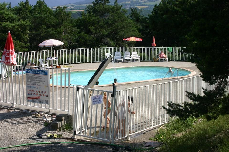 piscine-de-saint-martin-de-clelles