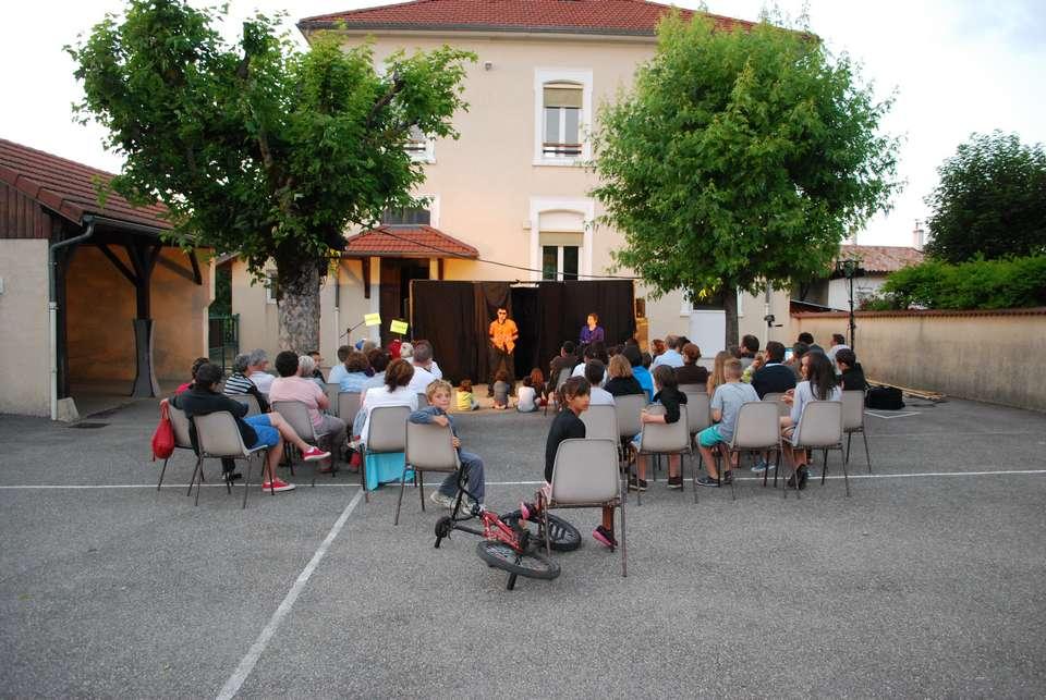 theatre-cote-cour-a-succieu-le-5-juillet-2013