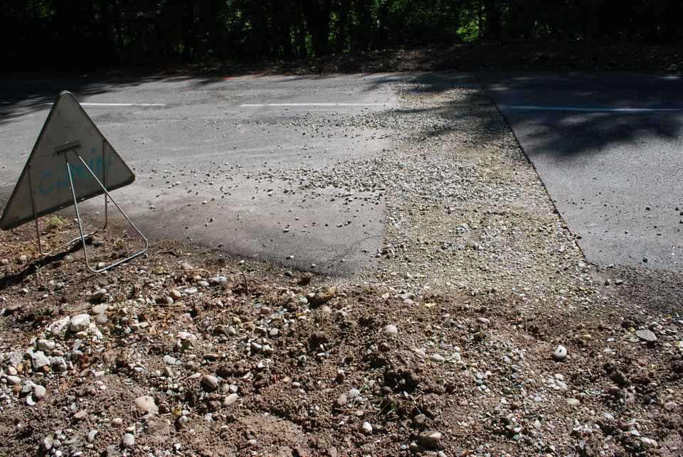 une-nouvelle-canalisation-pour-evacuer-les-eaux-de-ruissellement-route-de-serezin-a-succieu