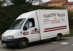 camion-charcutier-traiteur