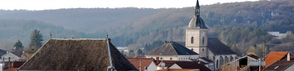 DOULAINCOURT-SAUCOURT             ( Haute-Marne )