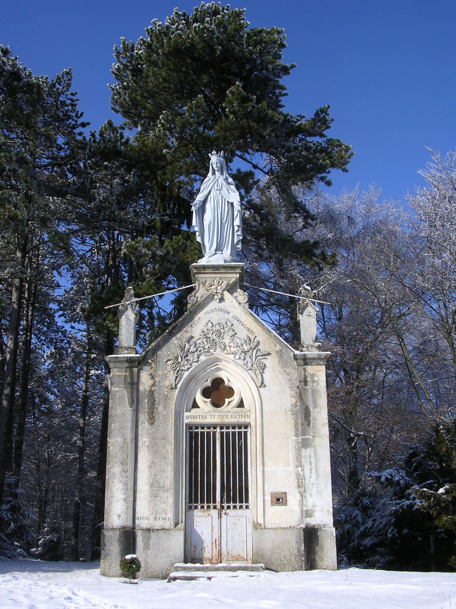 chapelle-des-bures