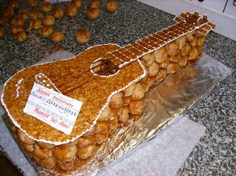 gateau-guitare