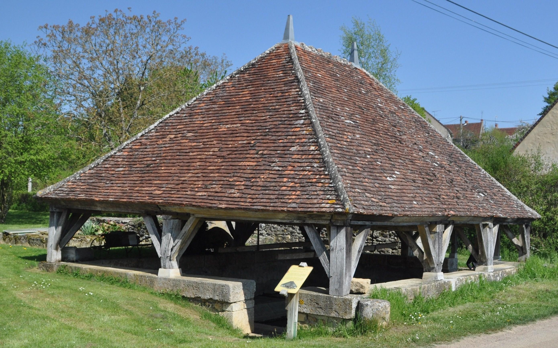 58350-chateauneuf-val-de-bargis-1-20110425-093955