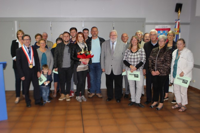 laureats-du-concours-des-maisons-fleuries-medaille-du-travail-don-du-sang