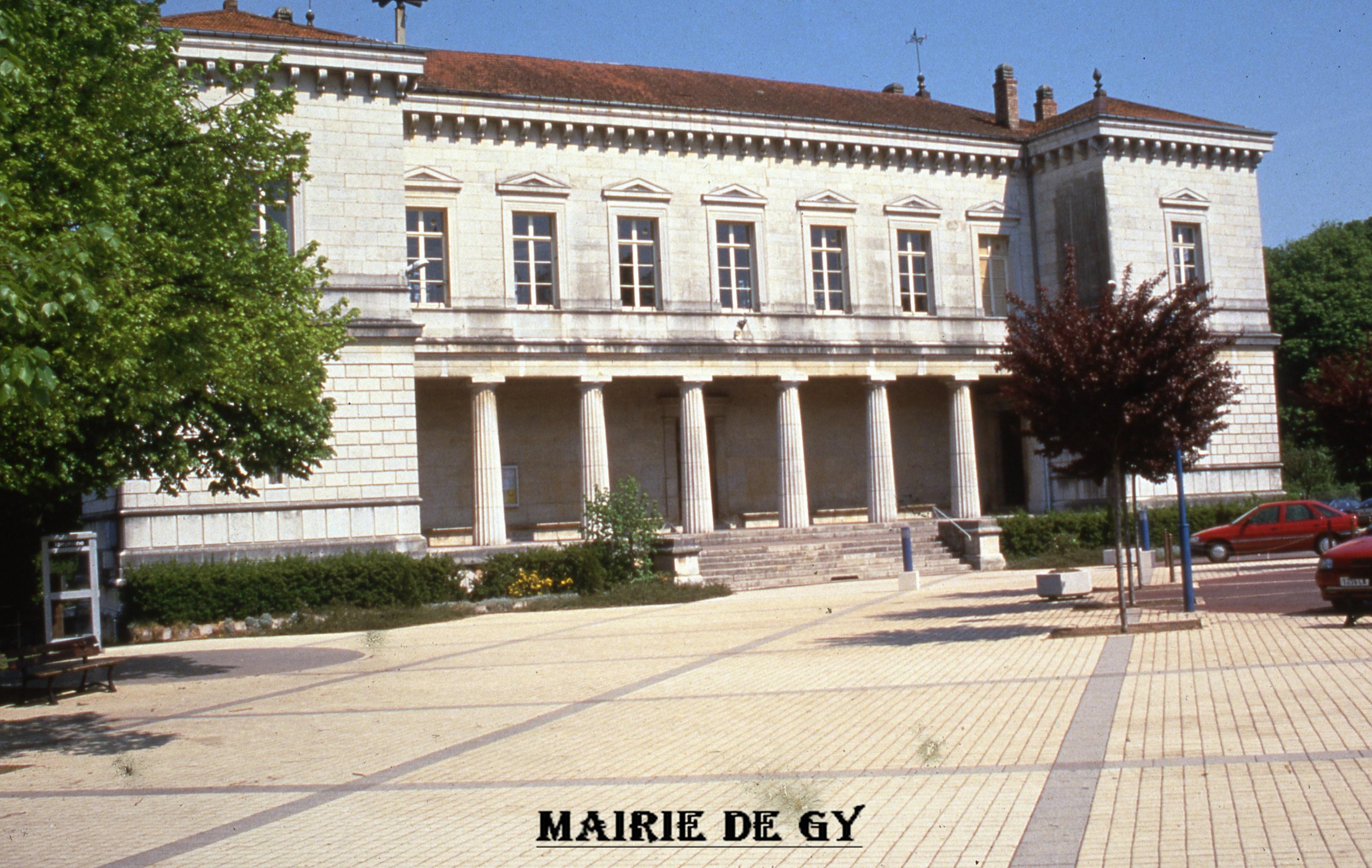 mairie-de-gy