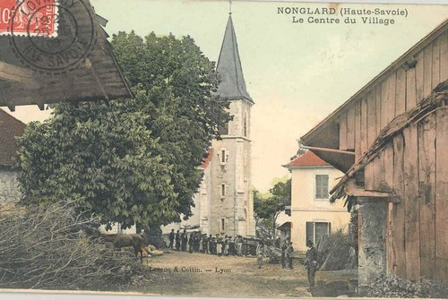 la-place-du-village-autrefois