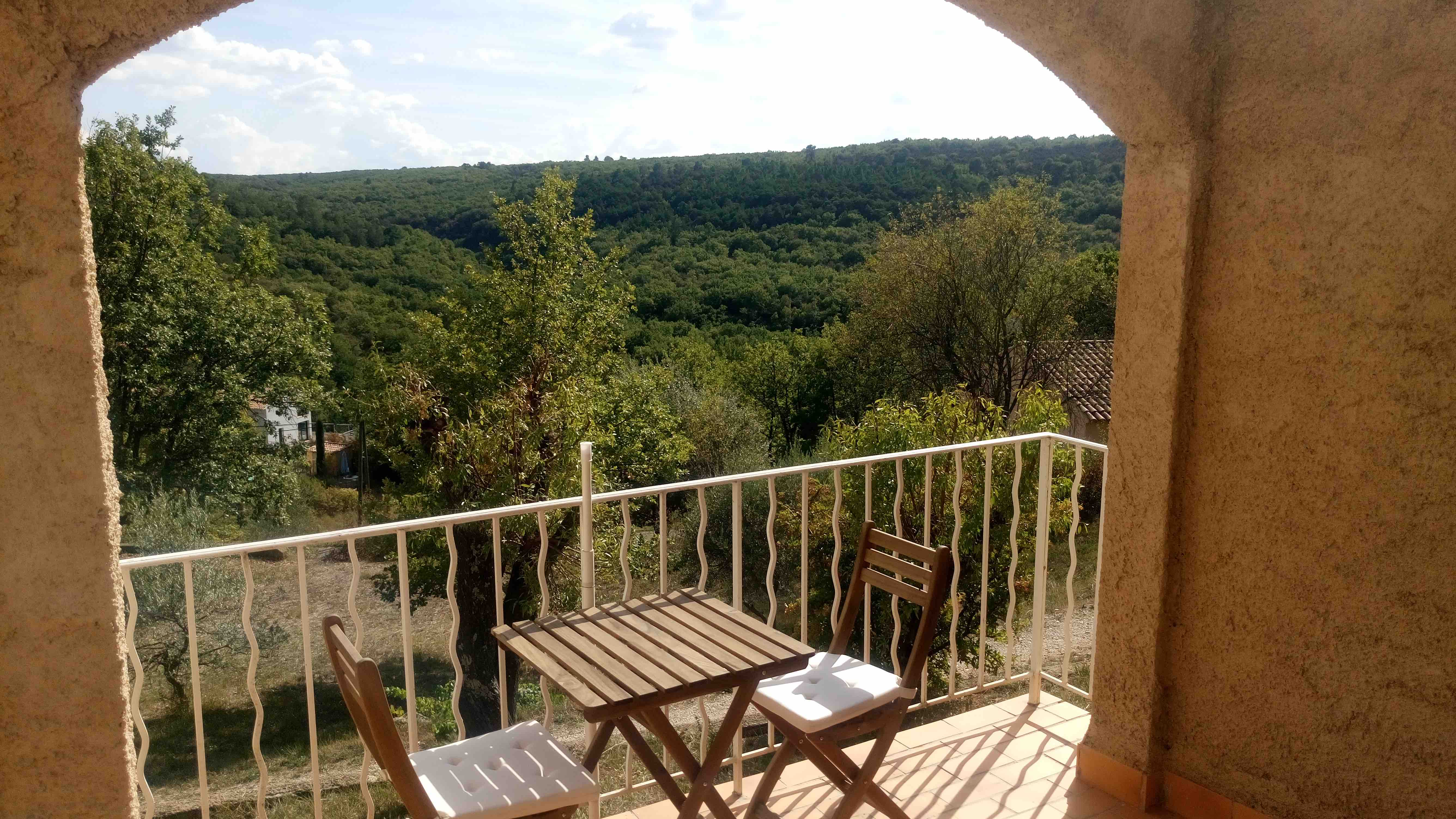 balcony-view-1mb