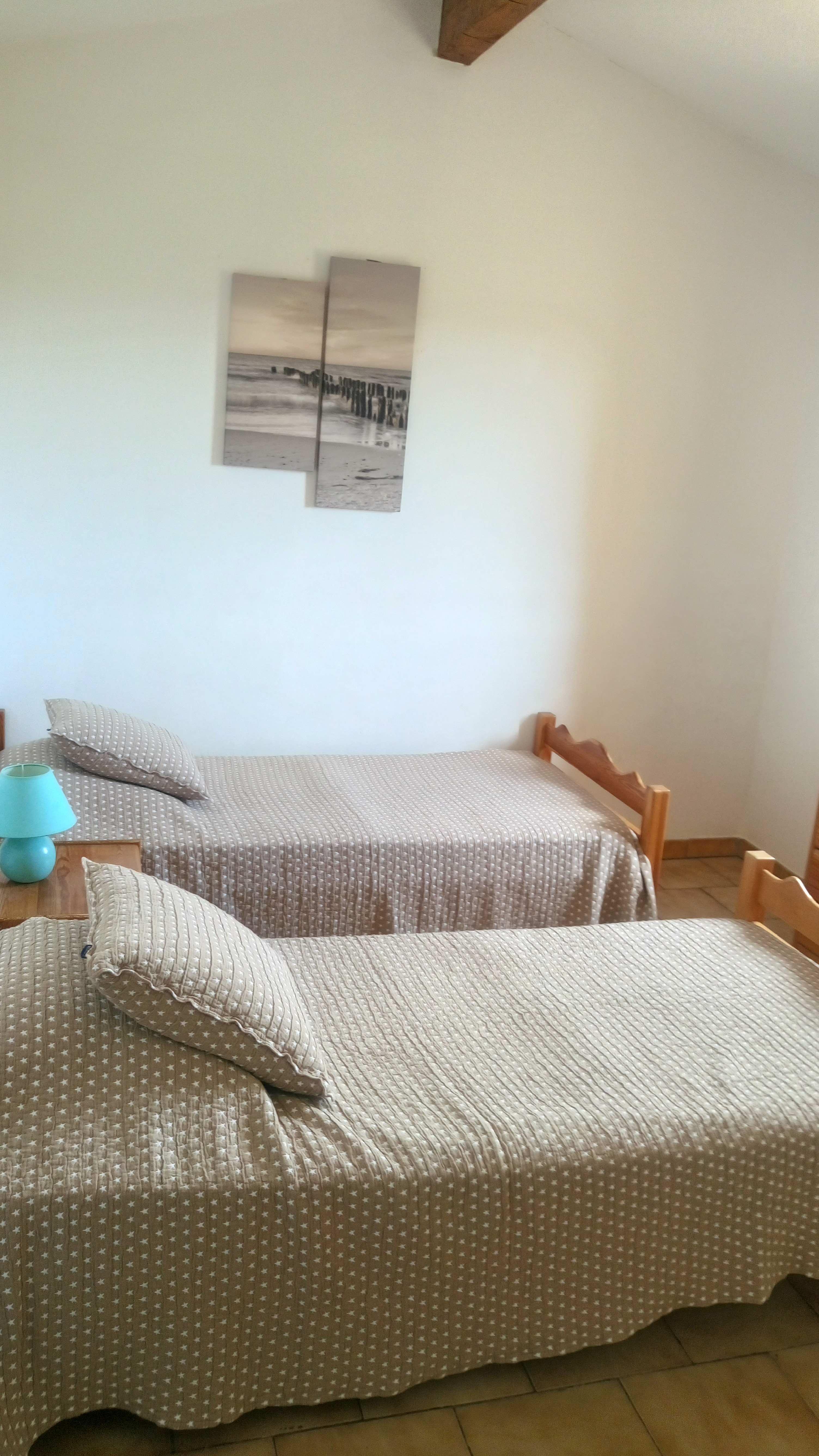 bedroom-1-copy-tiny