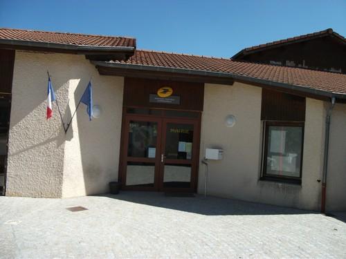 la-mairie-darcens