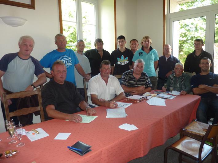 les-membres-de-lassociation-de-chasse-de-saint-martin-daubigny