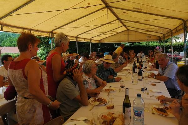repas-du-village-1