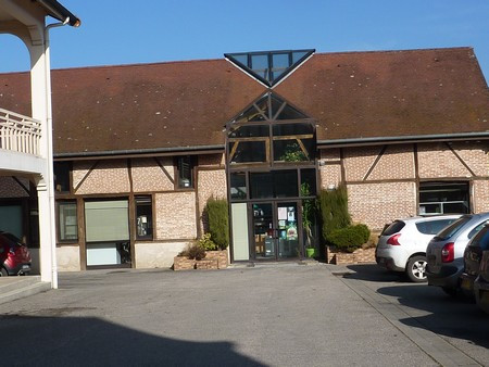 bibliotheque-a-pierre-de-bresse